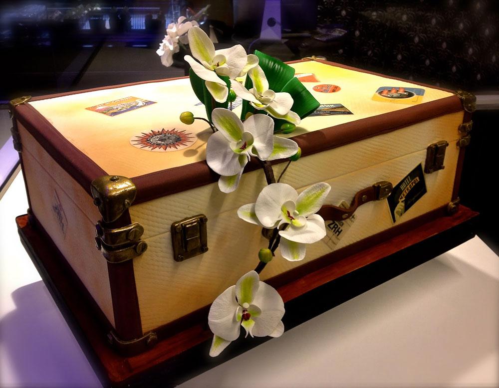Cake design artistico valigia
